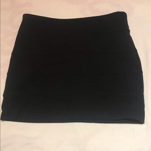 Straight Pleat Body-Con Mini Skirt Black
